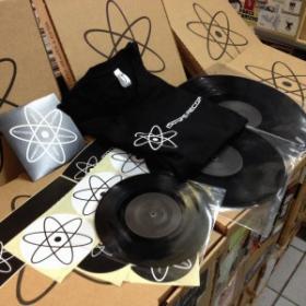 Isotope 21 (tshirt M)