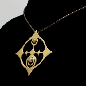 Necklace in brass cropcircle