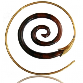 ""\""""Sharil"""" Brass and wood ear jewel""280|280|?|en|2|da66293c2aa5a2847ced1b2c3012d5e3|False|UNLIKELY|0.2802332937717438