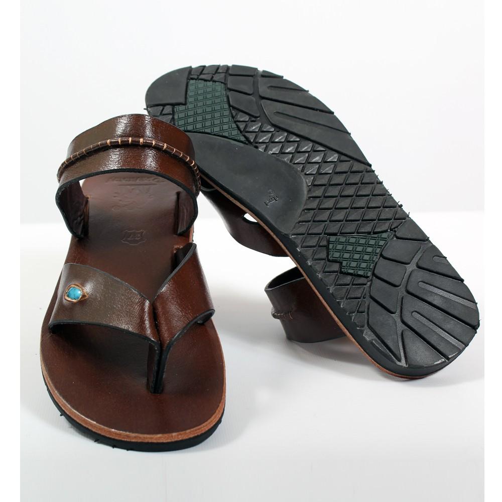 tong en cuir neha marron fonc taille 36 femme chaussures sandales bottes. Black Bedroom Furniture Sets. Home Design Ideas