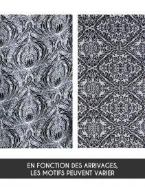 "Kimono ""Aura"", Blanc avec motifs noirs"