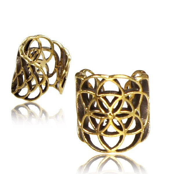 "Bague de cartilage ""Flower Of Life\"""