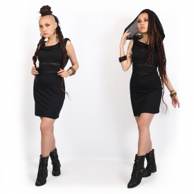 robe courte noir sans manches originale avec détails transparent élégant yggdrazil zoolyä, look witchy, goth dress, col plissé, élégant châle intégré porté sur les épaules ou en capuche, femmes avec dreads, fille dreadeuse