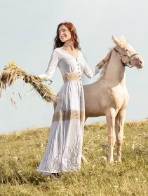 "Robe longue boutonnée \""Heldaria\"", Blanc et crochet beige"