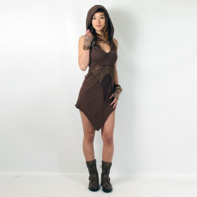 l_7067_brown_roundhood_full_front_2