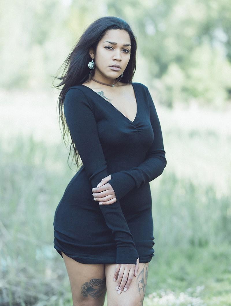 """Robe pull \""""Nikkäa\"""", Noir"""