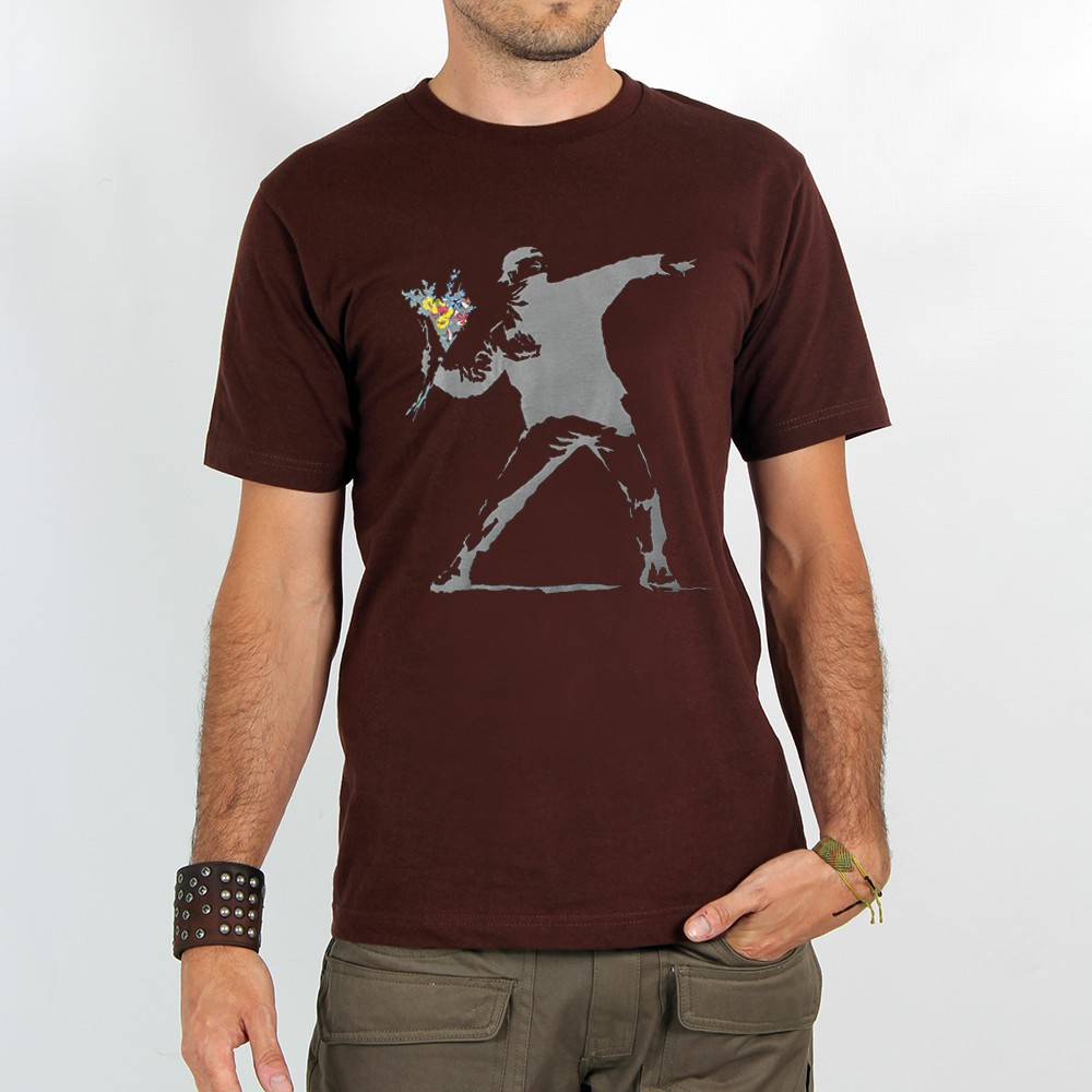 "T-shirt Rocky ""Banksy hooligan flowers\"", Marron"