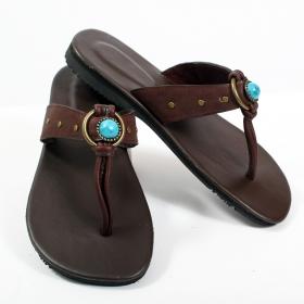 sandales et tongs en cuir ethnique baskets montantes streetwear bottines originales bottes ninja. Black Bedroom Furniture Sets. Home Design Ideas